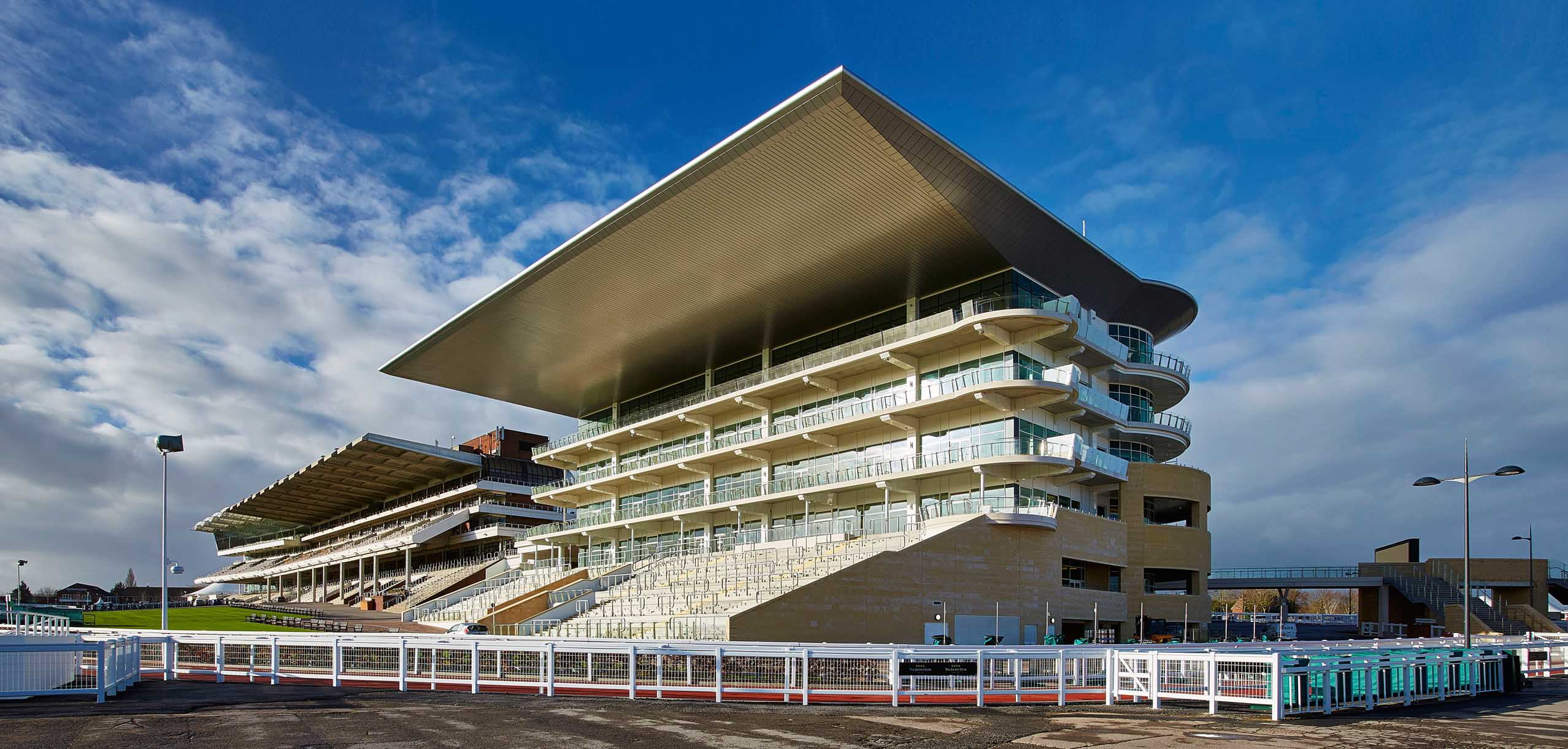 Cheltenham Racecourse Grandstand Roofing Amp Cladding Kovara Projects Ltd